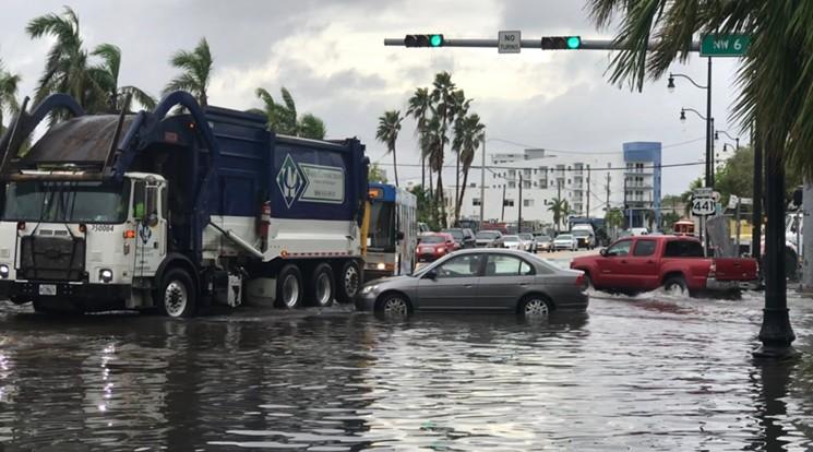 king tide flooding .jpg
