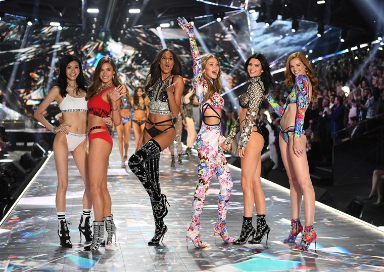 Victoria's Secret 2019 Fashion Show officially cancelled
