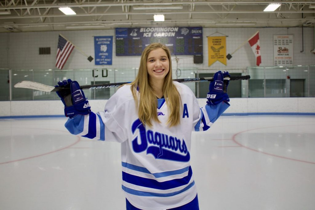 Sophomore aims to start women's club hockey team