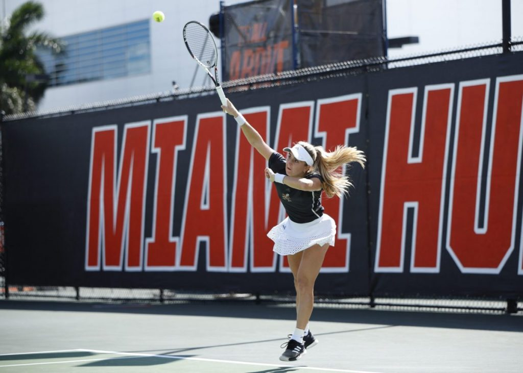 Women's tennis squanders match against Florida State