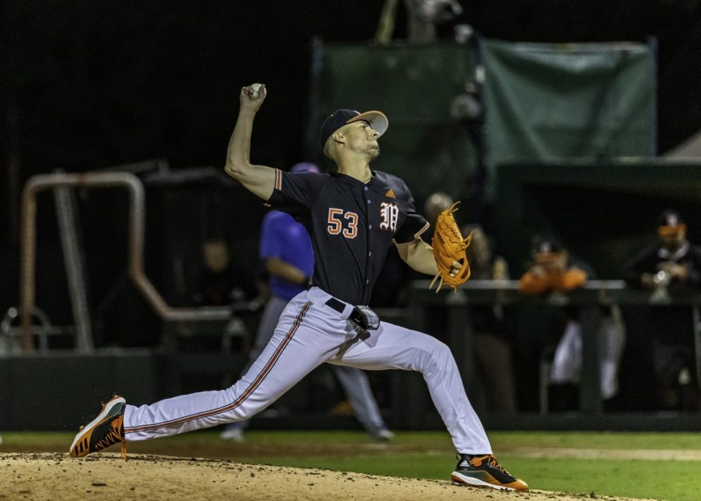 Canes drop extra inning heartbreaker to Gators