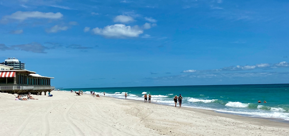 As beaches reopen, residents observe and disregard social distancing rules