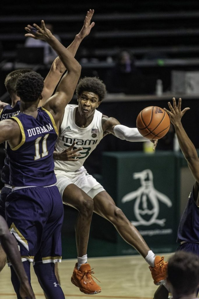 Kameron McGusty (23) scored a team-high 20 points against the Fighting Irish.