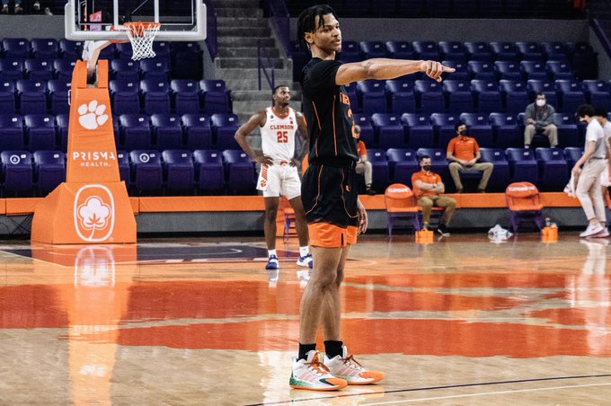 Wong's game-high 28 points not enough in road loss to Clemson
