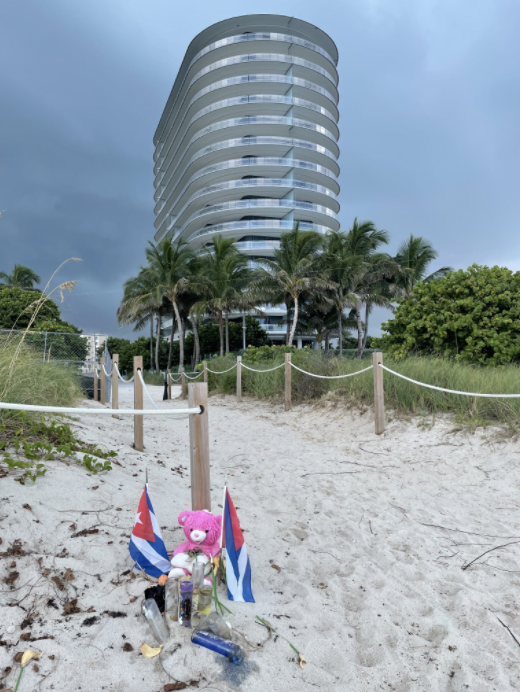 A small sentimental memorial on the beach in front of 8701 Collins Ave Condominium on Sept. 4 2021.
