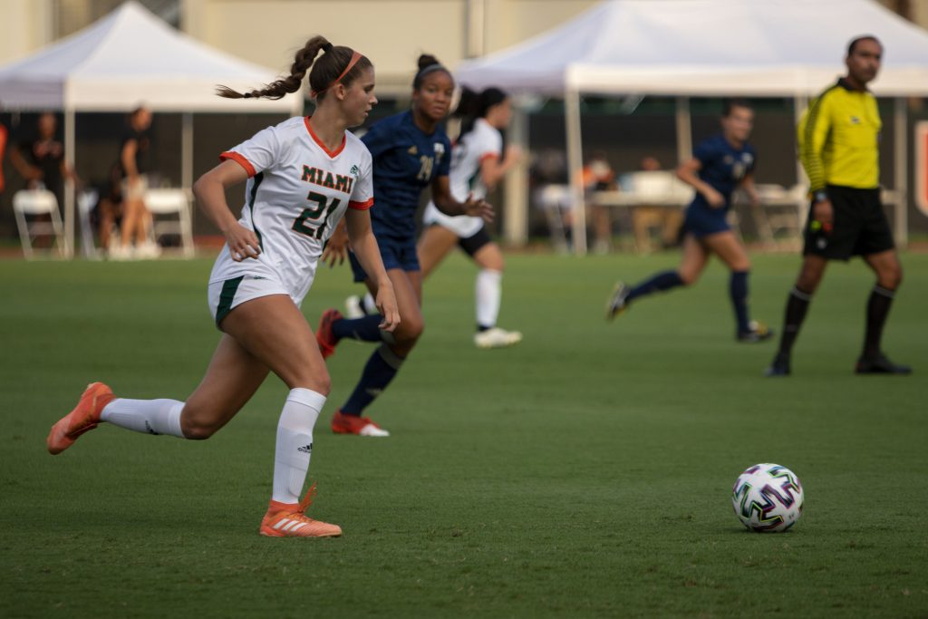 Freshman midfielder Lauren Meeks goes for the ball during the match versus FIU at Cobb Stadium on Sept. 9, 2021. Meeks scored Miami's first goal of the game.