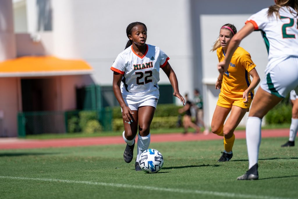 Junior midfielder/defender Taylor Shell looks for an open teammate during the first half of Miami's match versus Pittsburgh at Cobb Stadium on Sept. 26, 2021.